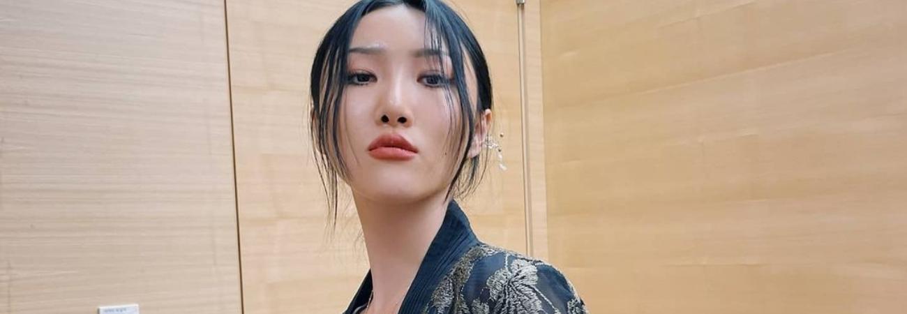 Hwasa de MAMAMOO luce como la realeza en sus nuevas fotos con Hanbok