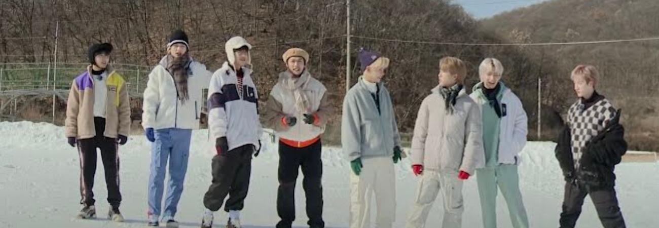 Stray Kids juega en la nieve en el primer episodio de 'SKZ CODE'