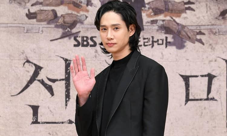 Park Sung Hoon se avergüenza de haber participado en Joseon Exorcist