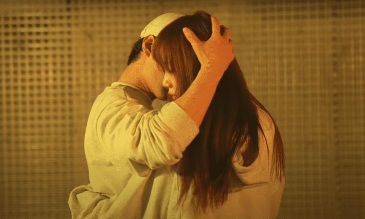 El increíble y sensual baile entre Lee Sung Kyung y Kim Min Jae