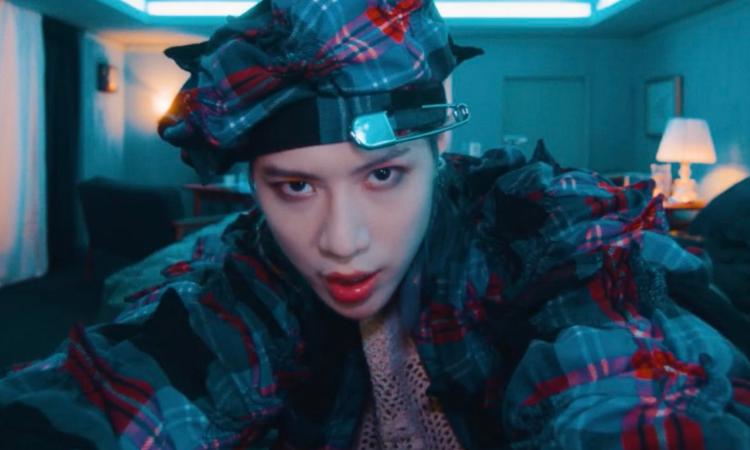 Taemin nos roba el aliento con el vídeo musical de 'ADVICE'