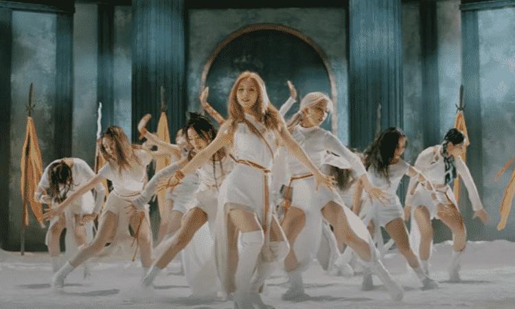 LOONA regresa como un grupo completo con el MV de 'PTT (Paint The Town)'