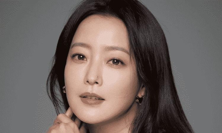 Actriz Kim Hee Sun da negativo a COVID-19